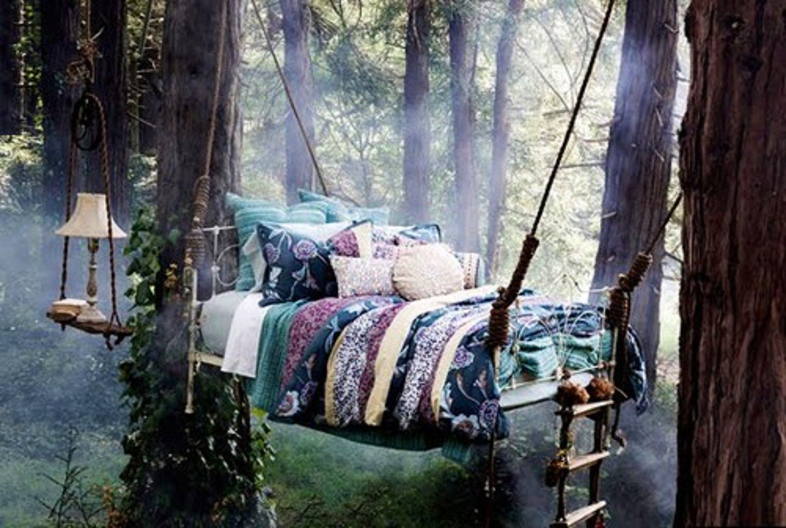 картинка кровать в лесу модель относится