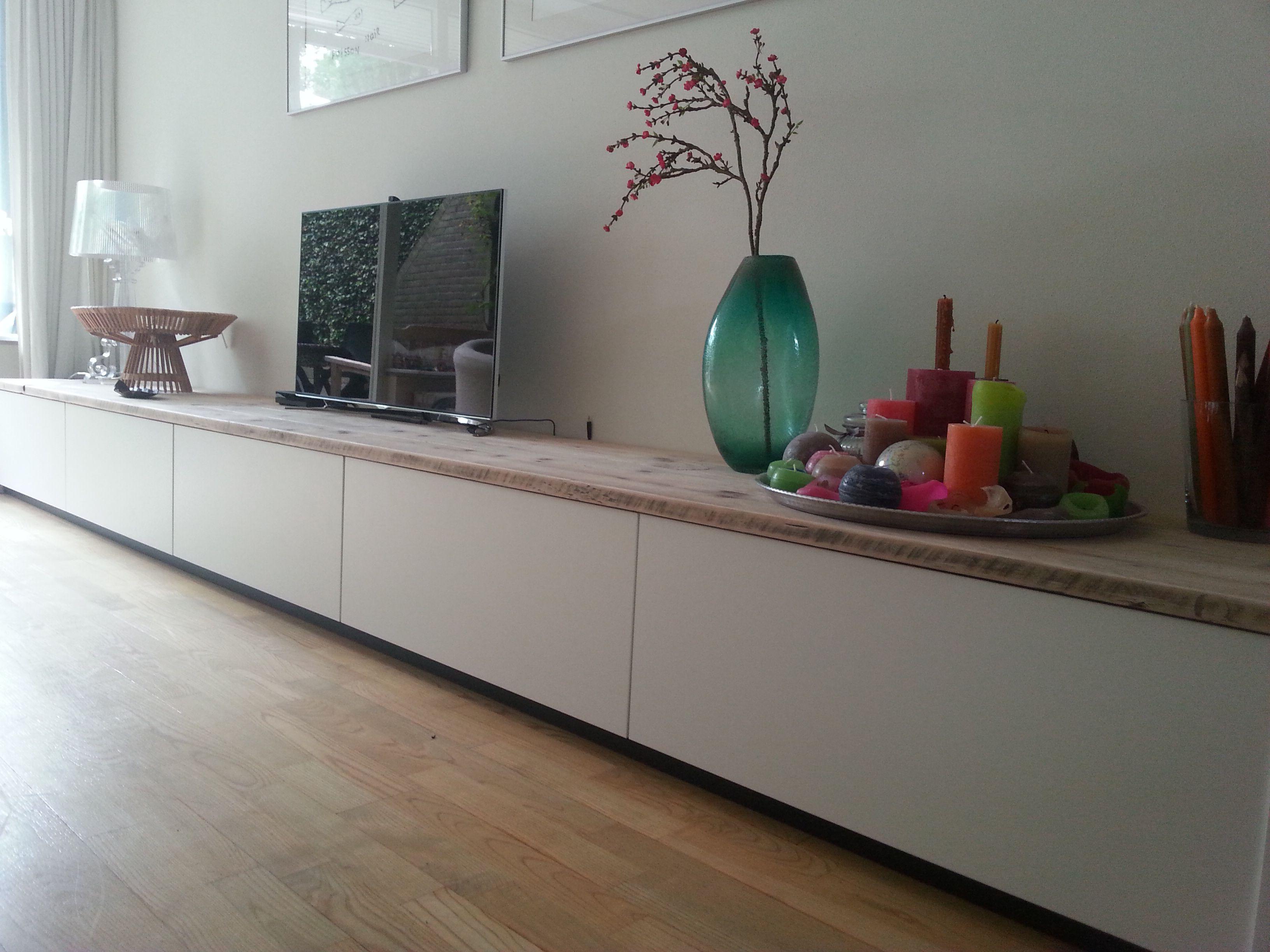 Salontafel meta, houten werkblad met stalen frame van houtmerk ...