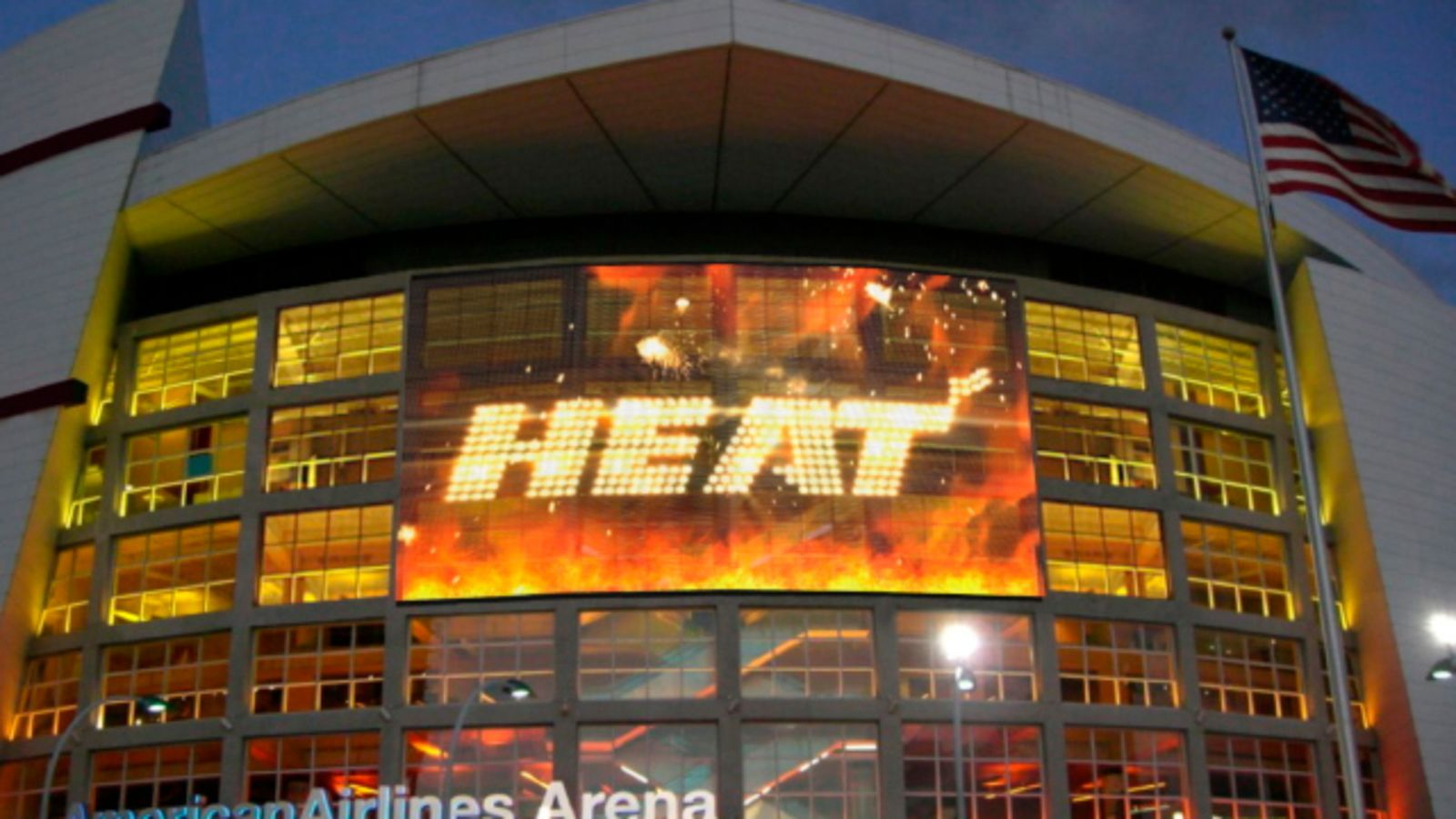 Florida Law Requires Stadiums To Shelter Homeless On Off Nights Not A Single One Has Complied American Airlines Arena Miami Heat Downtown Miami