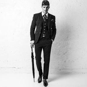 jake 2016 hourglass blue polkadot suit
