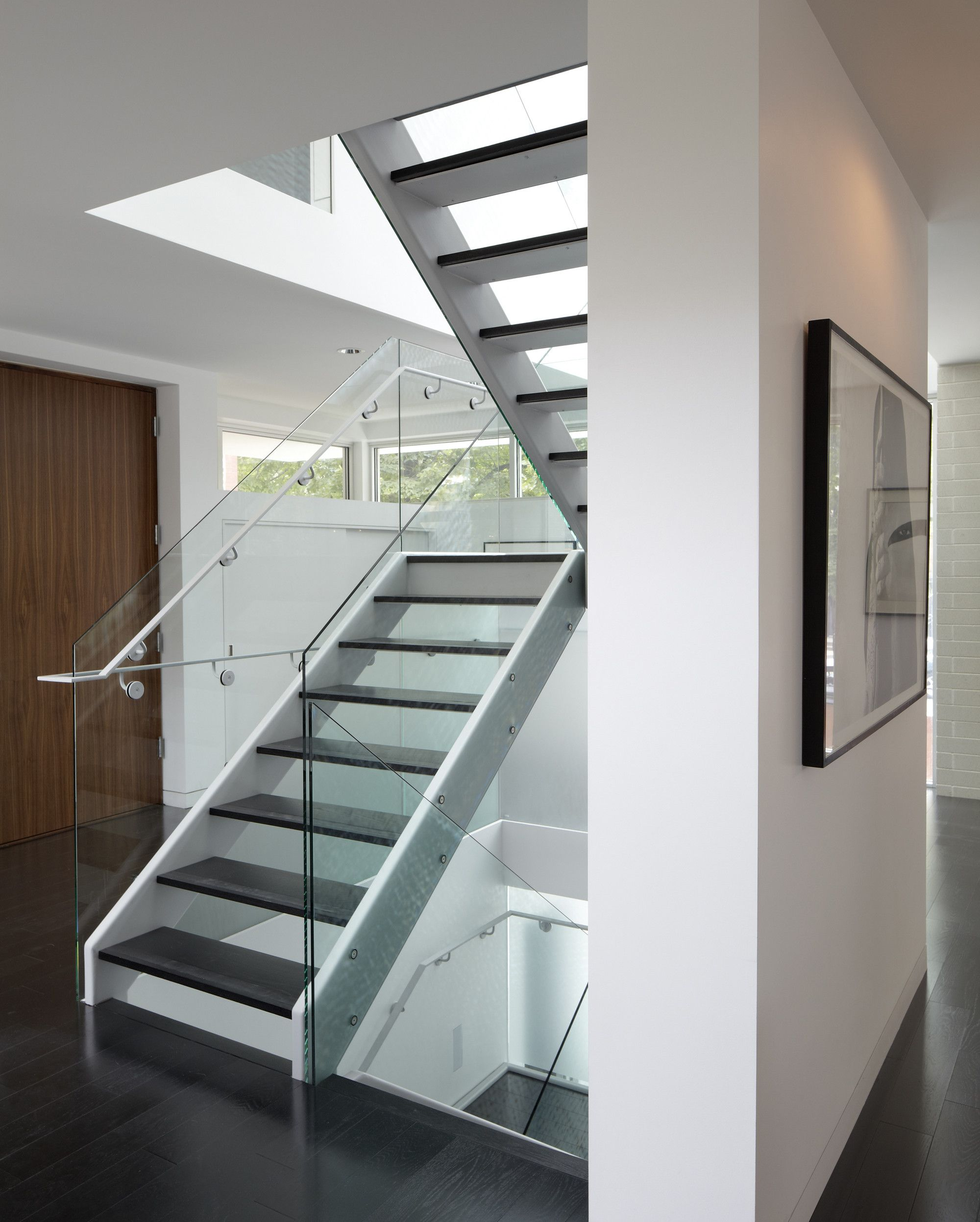 Best Transparent Staircase Plan Featured Near Glass Balustrade 400 x 300