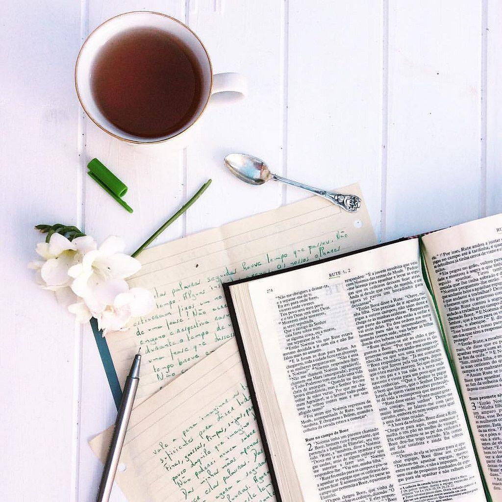 Histórias de Mulheres de coragem e de muita fé, histórias bonitas do antigo testamento. #bible#home#read#faith#tea#onmytable#shereadstruth#ruth