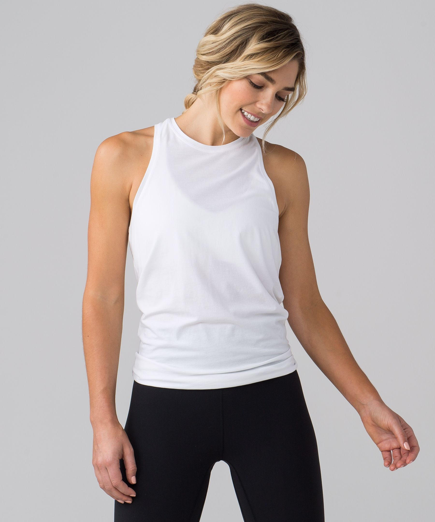 bb9c264200 Wear this tank two ways: layer it on long and loose or tie up the ...