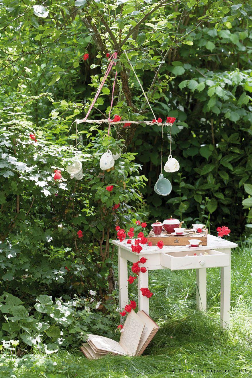 Alice in Wonderland / Alice au pays des merveilles | Plumetis ...