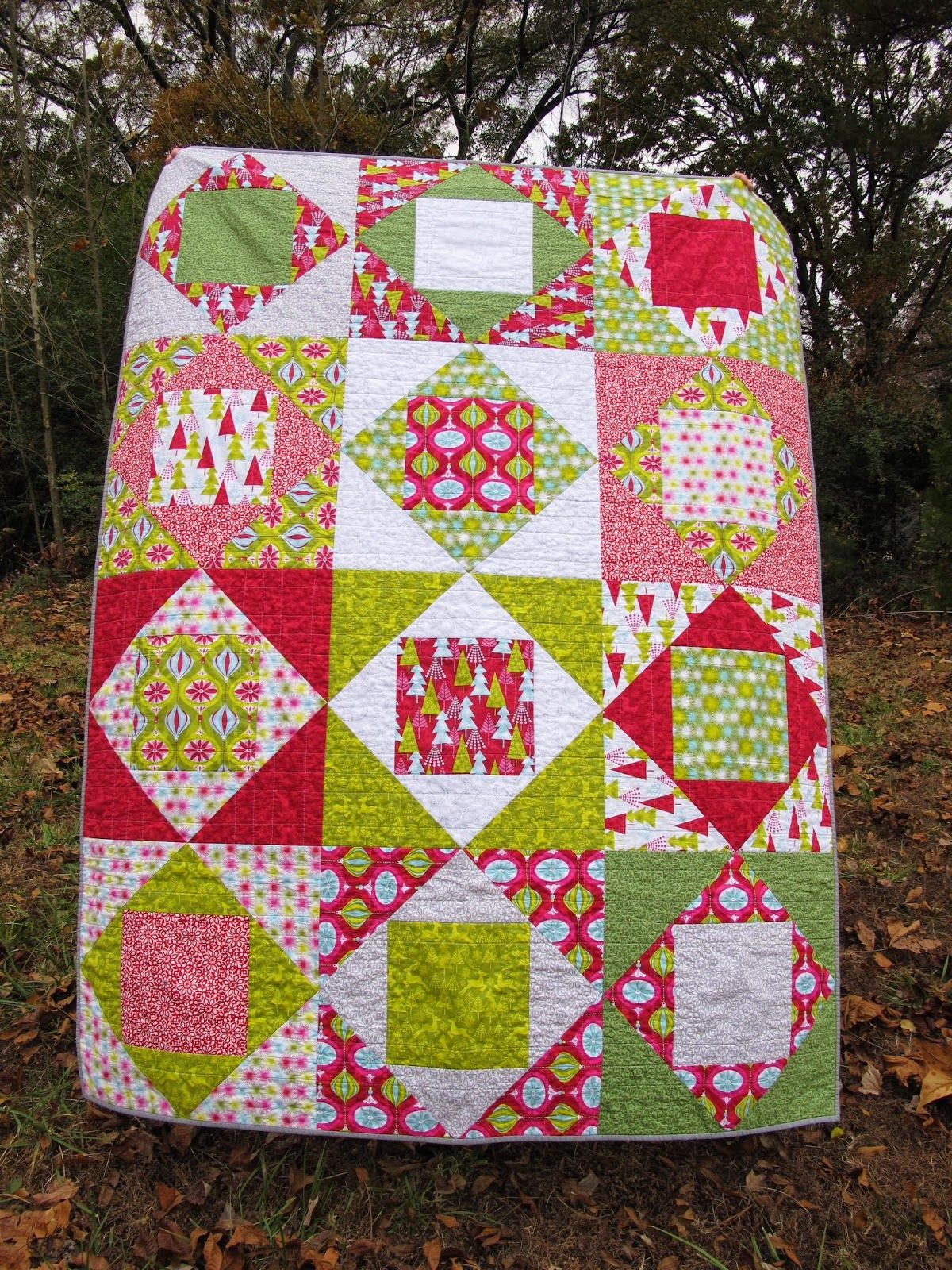 Square In A Square Quilt With A Loose Tutorial Quilt