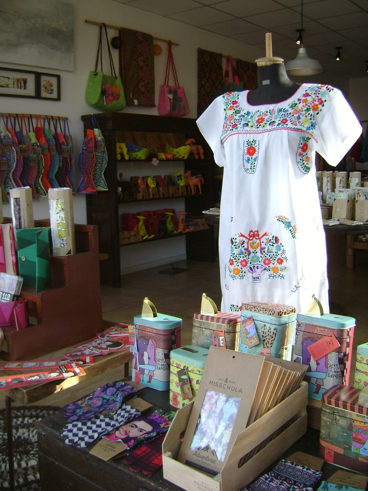 Bienvenido a trama dise o artesanal tienda de objetos de - Objetos decoracion diseno ...