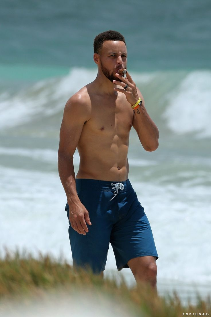Stephen Curry Goes Shirtless For a Beach Day With Ayesha, and We Are ...