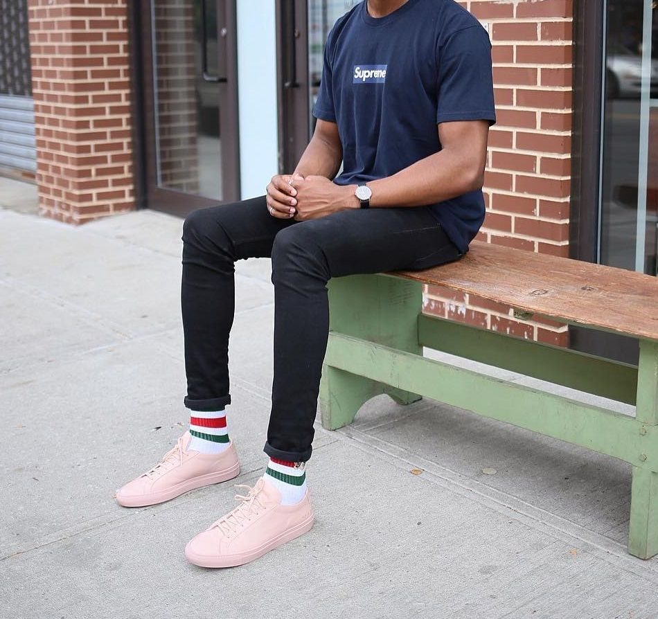 ad0d851cd22 SUPREME Yankees Box Logo Tee x GUCCI Socks x Common Projects Achilles Low