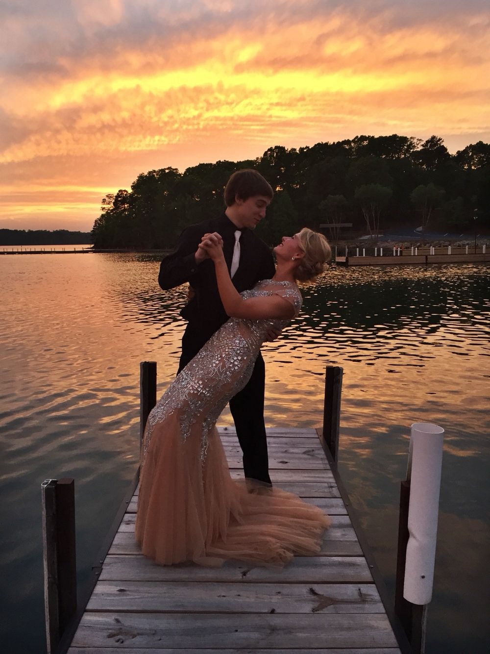 Prom pictures on the lake