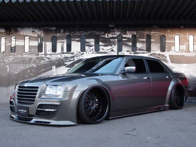 2010 Liberty Walk Chrysler 300 Complete Chrysler 300