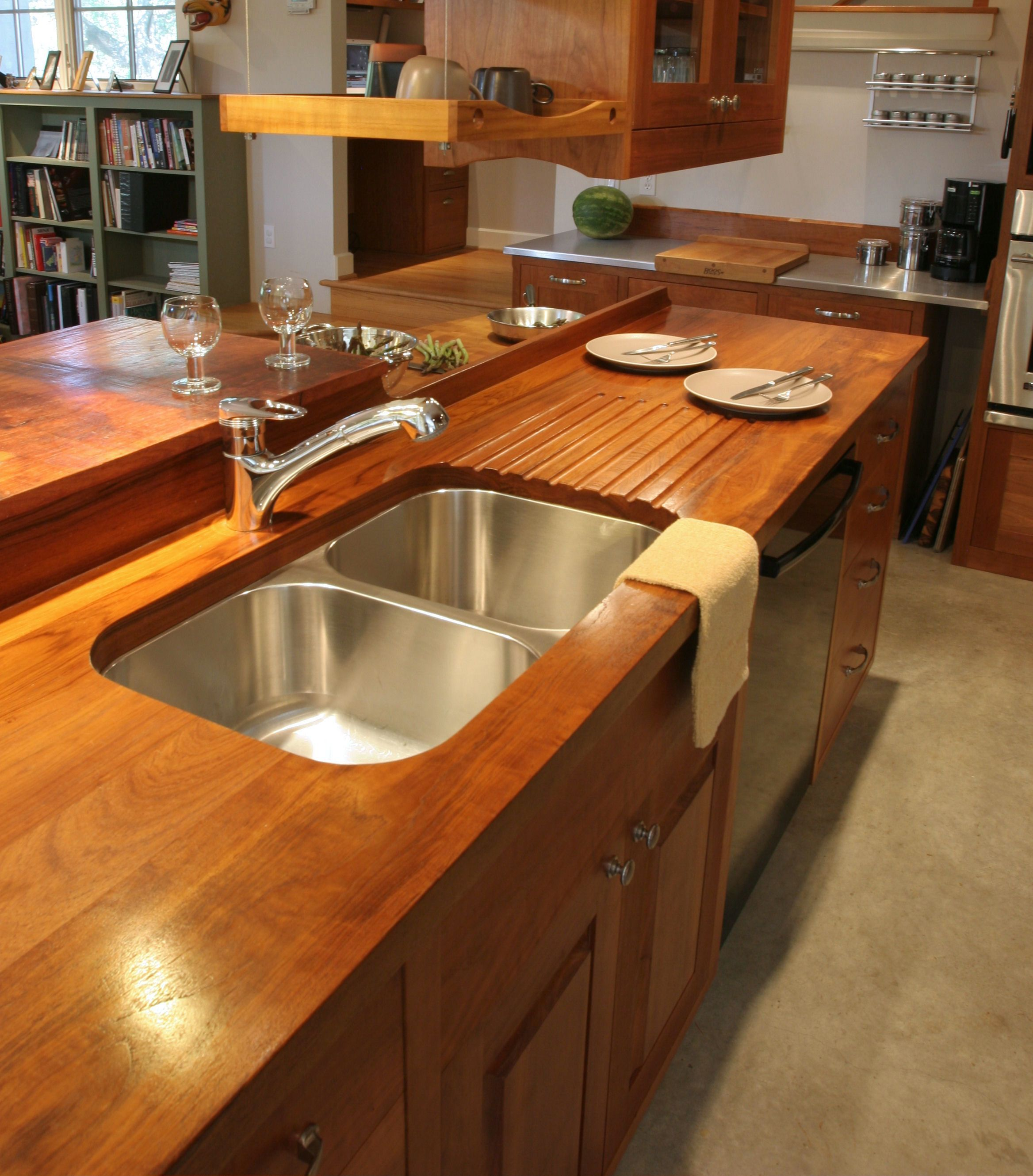 Face Grain Teak Countertop With Undermount Sink Sloping