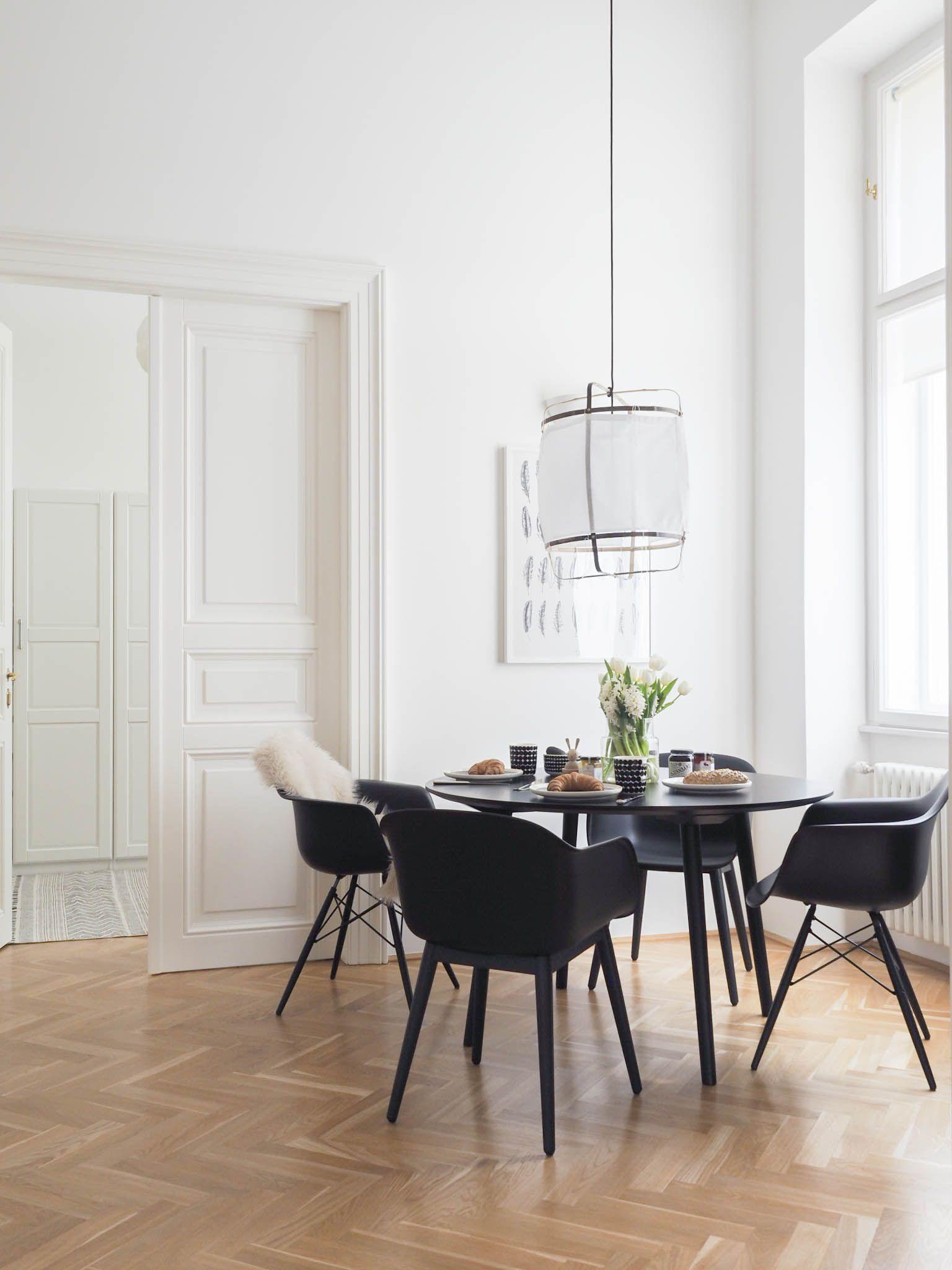 Schön Stühle Für Esstisch Dekoration Von (almost) All Black Everything: Neuer Esstisch, Neue
