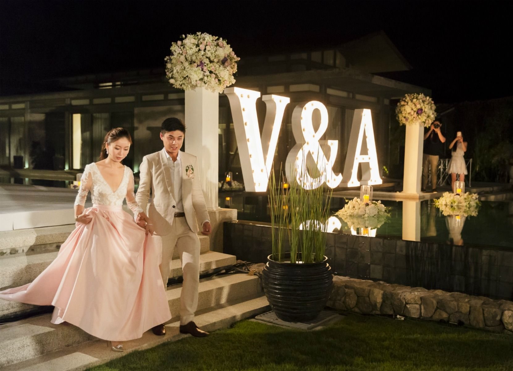 A Fun Unique Destination Wedding We Wish Were Invited To Wedded Wonderland