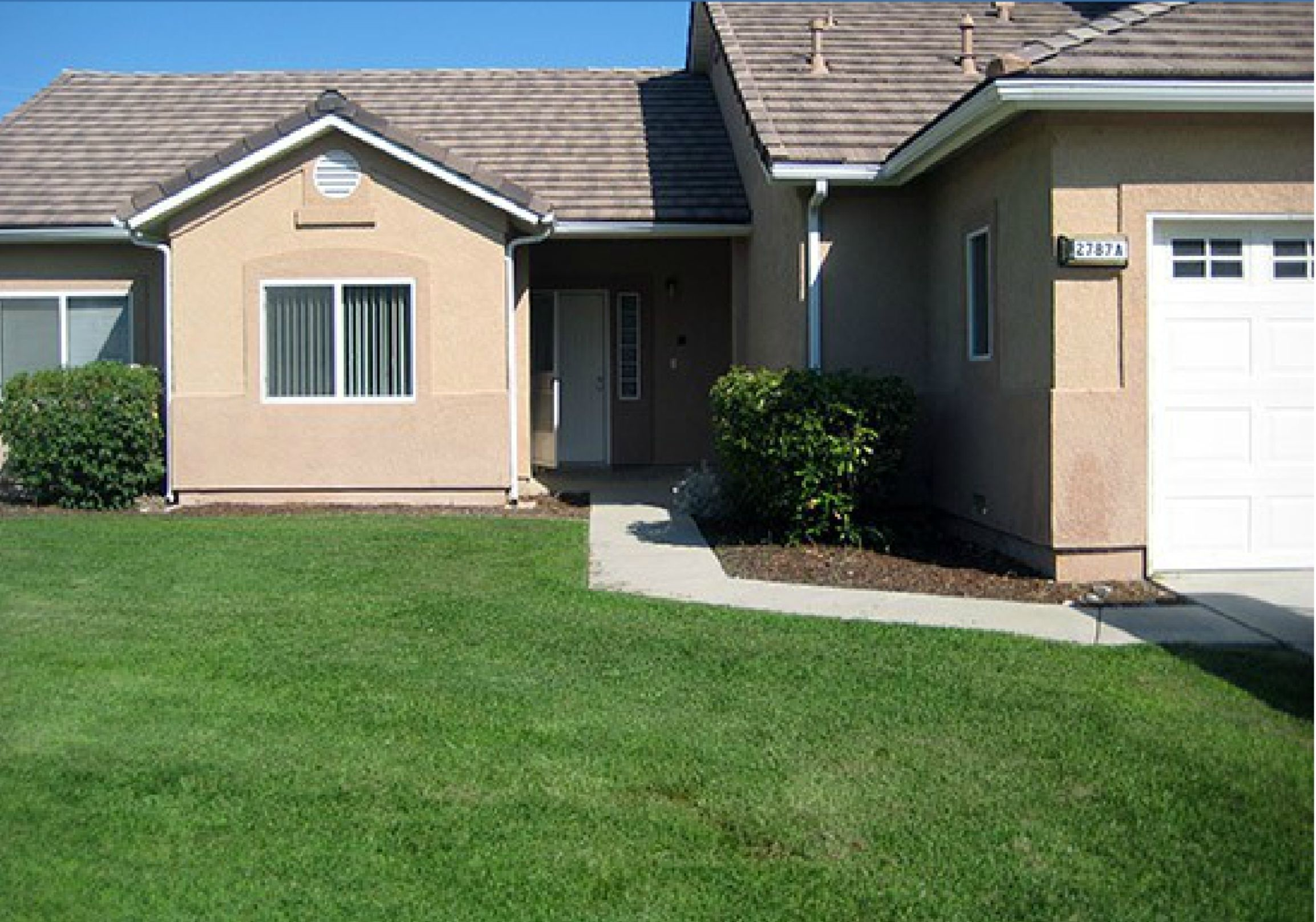 NAS Lemoore Midway Park Neighborhood Duplex style homes