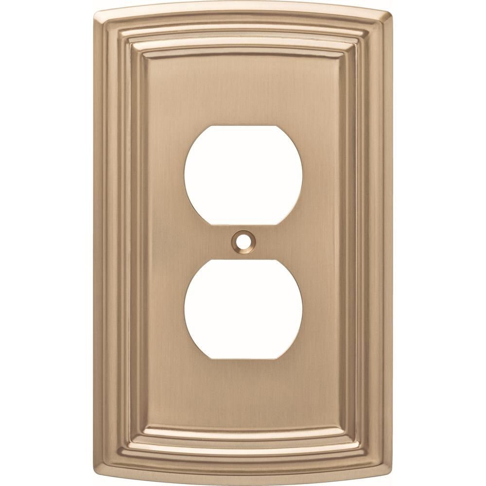 Liberty Bronze 1 Gang Duplex Outlet Wall Plate 1 Pack W36397 Cz C The Home Depot Plates On Wall Outlet Covers Bronze Faucet