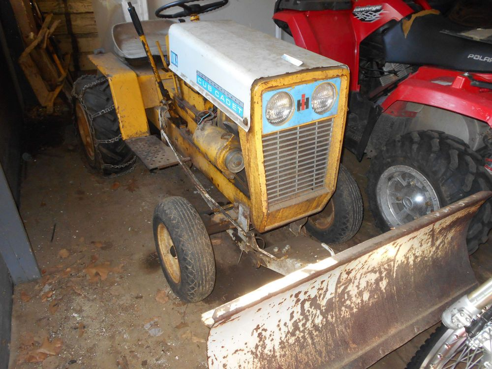 Cub Cadet International Harvester 102 Garden Tractor Mower Deck Plow Attachment