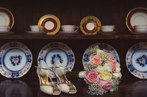 THE NORWEGIAN WEDDING BLOG : Vintage inspirerte Brudesko | Vintage Sko | Sko til brud. Vintage inspired bridal shooes. http://norwegianweddingblog.blogspot.no/2013/05/vintage-inspirerte-brudesko-vintage-sko.html