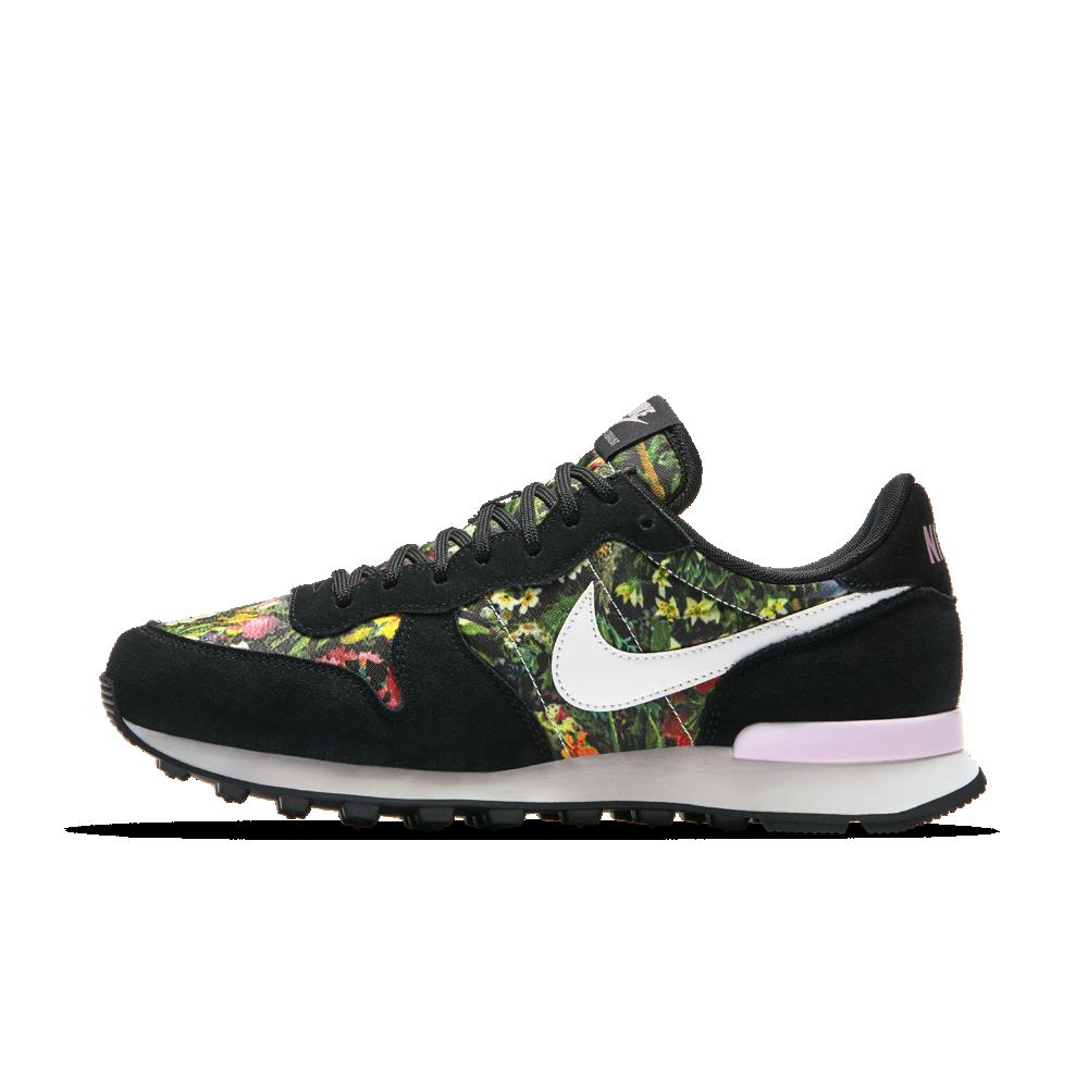 pretty nice 08df4 93bd3 Nike Internationalist Premium Women s Shoe Size 8.5 (Black)