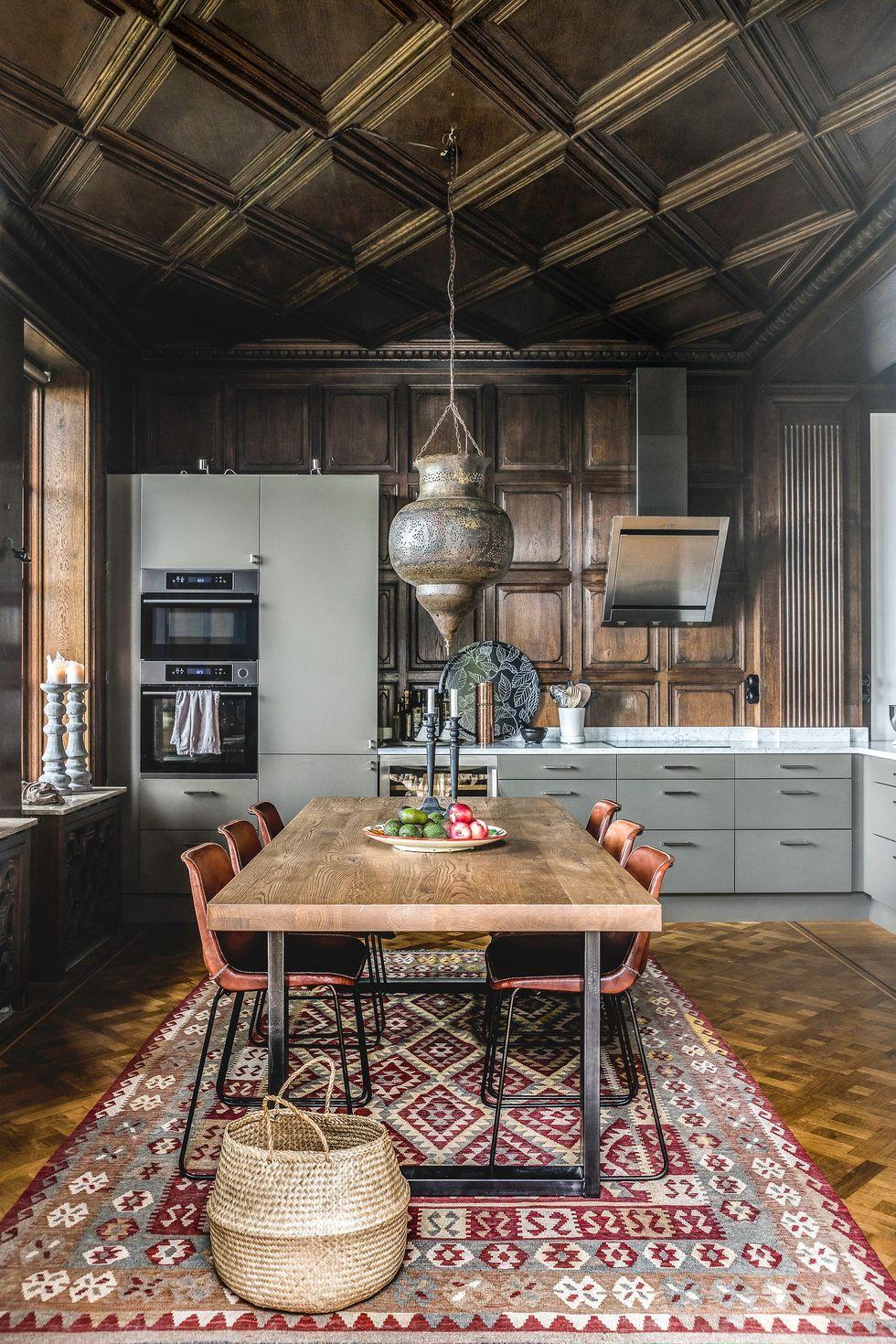 un appartement avec terrasse au design unique whishes. Black Bedroom Furniture Sets. Home Design Ideas