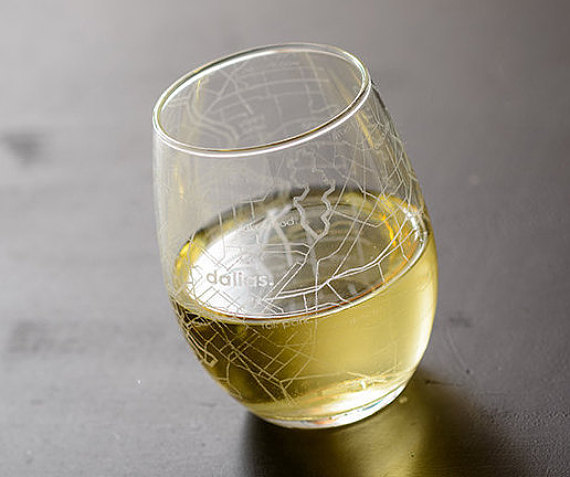 Wedding Gift For Those Who Have Everything: Dallas Map Stemless Wine Glass Gift