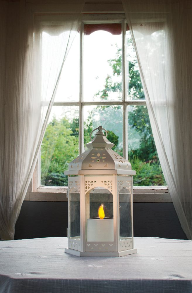 Decoration for garden: Sofia Solar lantern.