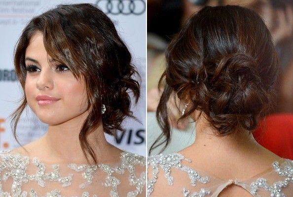 Selena Gomez S Wavy Loose Bun Selena Gomez Hair Prom Hairstyles For Long Hair Simple Prom Hair