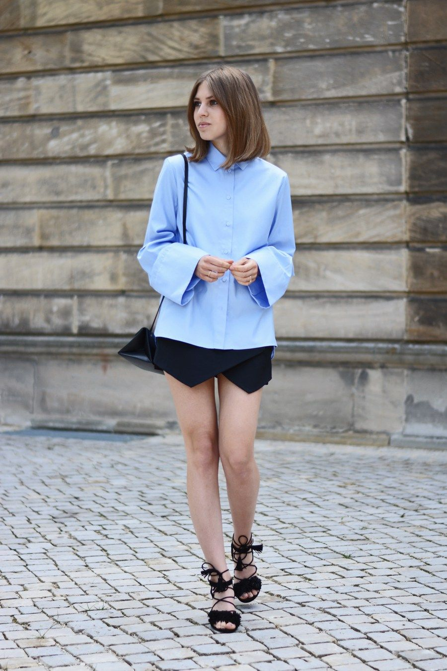 More on www.offwhiteswan.com Flared Sleeves Shirt by H&M Trend, Skorts by Zara, Triangle Bag by COS, Lace Up Sandals by Zara #offwhiteswan #swantjesoemmer