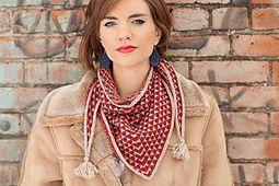 Ravelry: Amherst kerchief pattern by Marjorie Dussaud