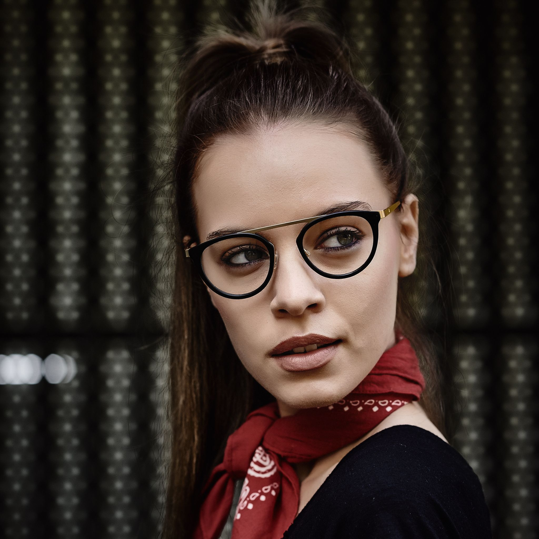 The international brand is exemplary of unconventional looks, inspired by urban street style. #humphreys #eyewear #optical #collection #spring #look #story #style #fashionaddict #streetstyle #inspiration #musthave #humphreyseyewear
