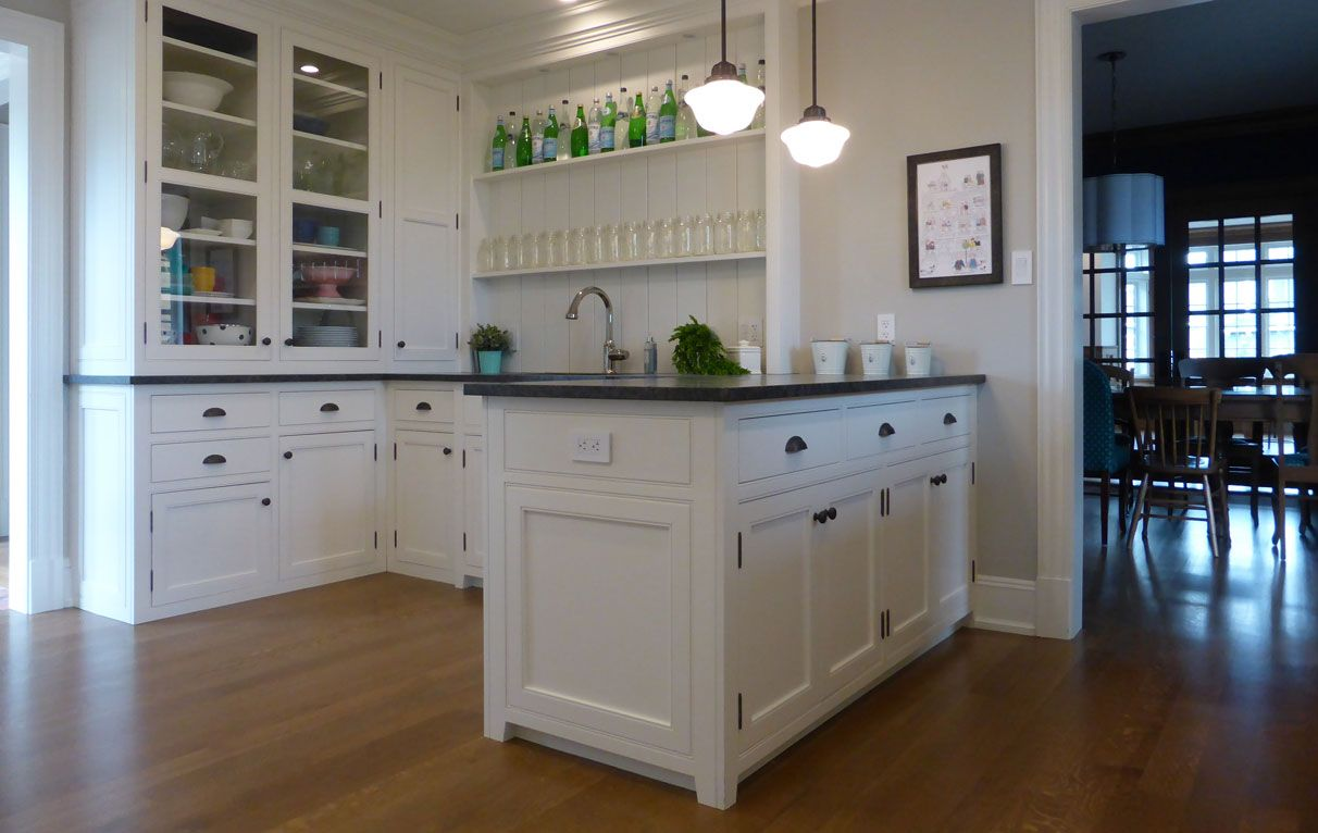 Bulters kitchen. Traditional butlers kitchen with beaded ...