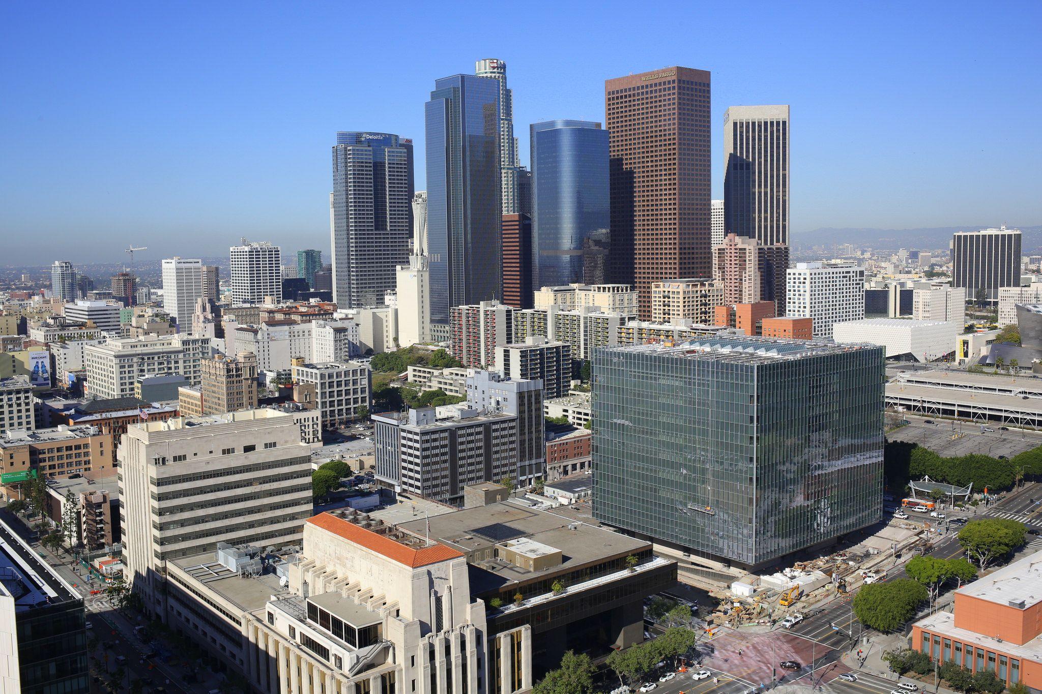 Los Angeles Downtown Skylines Dallas Skyline Los Angeles City Los Angeles Skyline