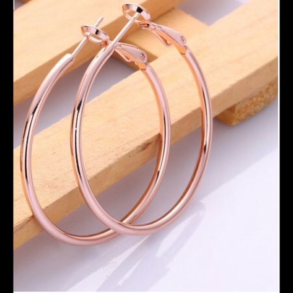 18K Rose Gold Plated Classic Hoop Earring NEW Brand Rubique Jewelry