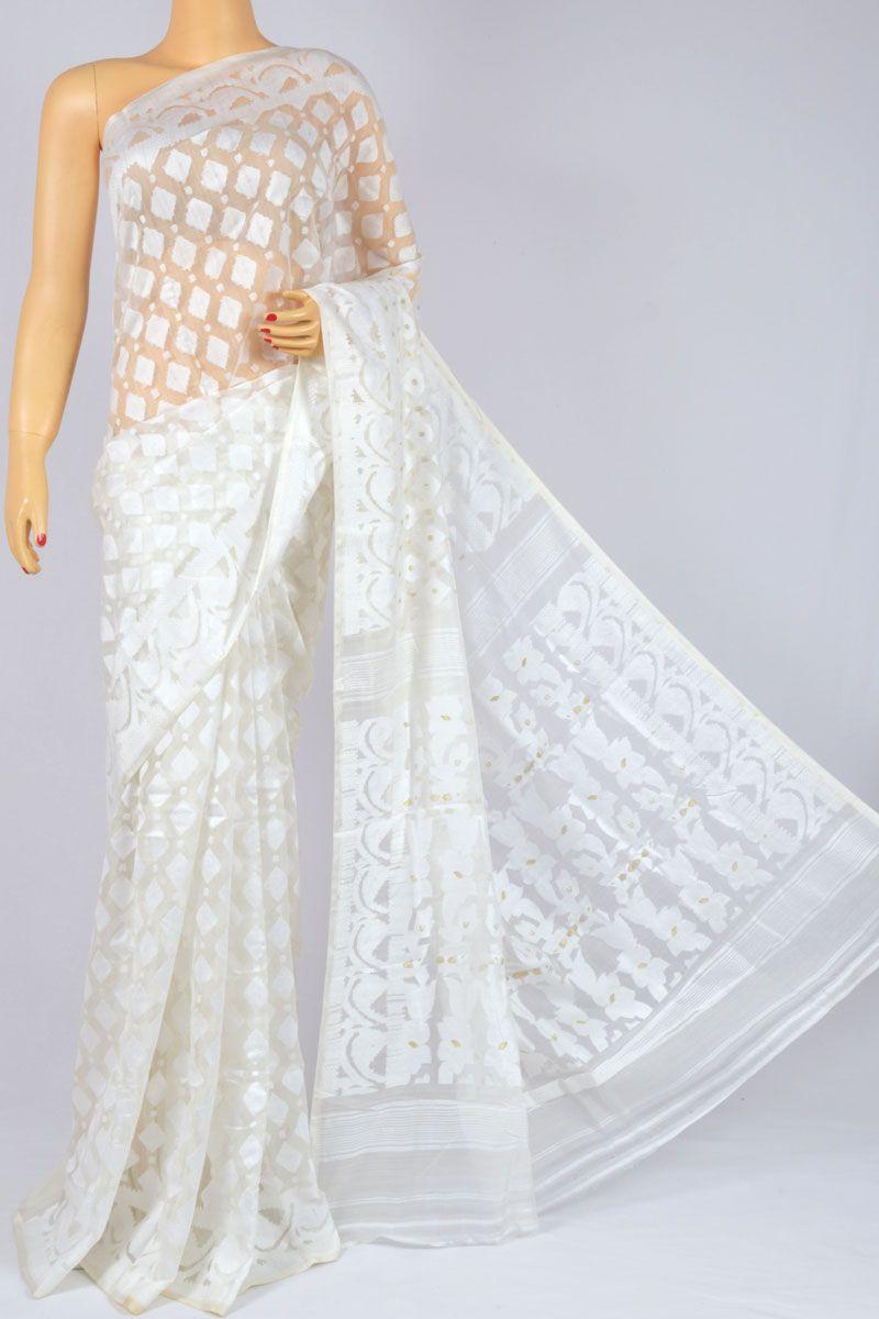 94fd391c3be560 Off White Color Soft Dhakai Jamdani Handwoven Bengal Handloom Kora Cotton  Tant Saree (Without Blouse) - MC250124