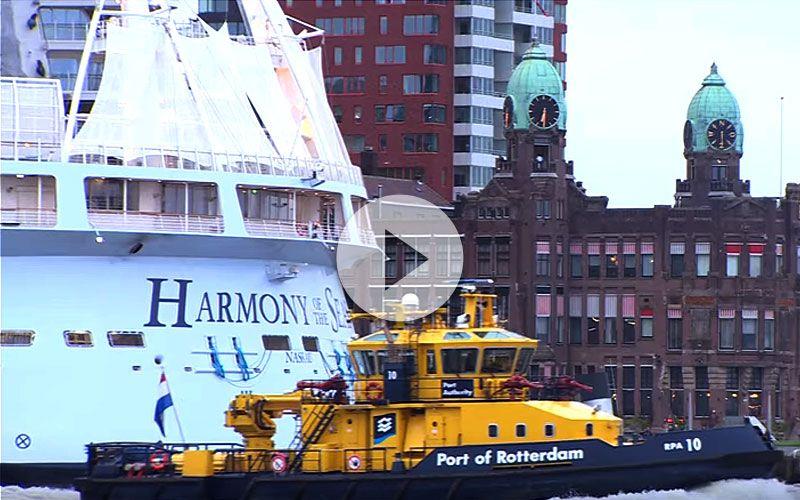Impresionante ver el barco mas grande del mundo en el puerto de Roterdam