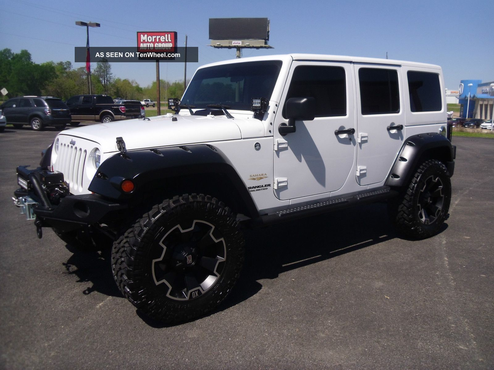 jeep wrangler unlimited white lifted Jeep Pinterest