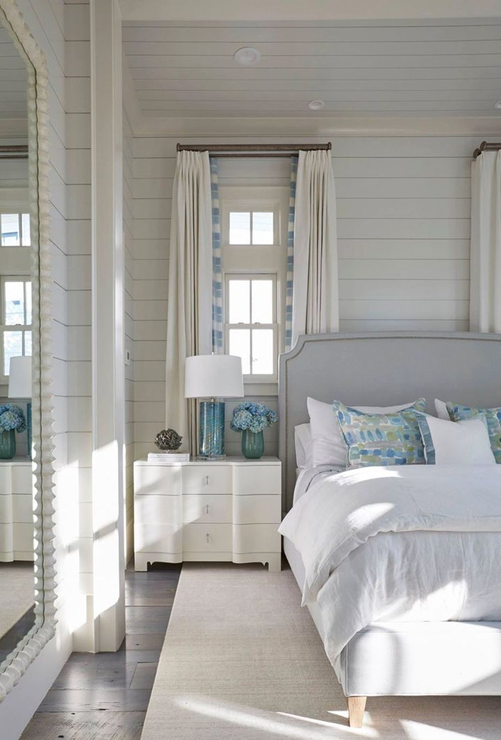 49 Top Lake House Bedroom Decorating Ideas Bedroom Bedroomdecor Bedroomdesign Beach House Interior Design Lakehouse Bedroom Beach House Bedroom