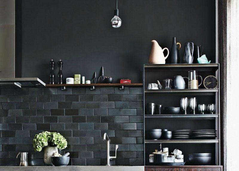 éclairage plan de travail Cuisine Pinterest Black subway tiles