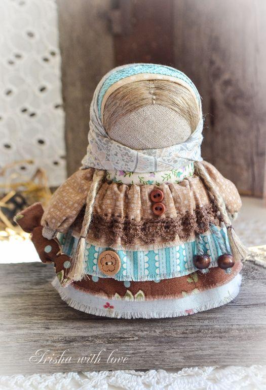"""Народные куклы ручной работы. Ярмарка Мастеров - ручная работа куколка Девочка с конфетой """"Шоколадная"""".. Handmade."""