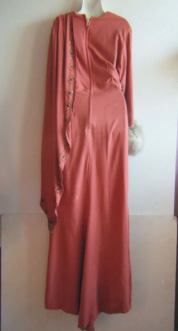 Vintage 40s Red Carpet Dress Evening Gown Old Hollywood Joan Crawford Style Fur Trimmed Gown Size M Red Carpet Dresses Evening Dresses Dresses