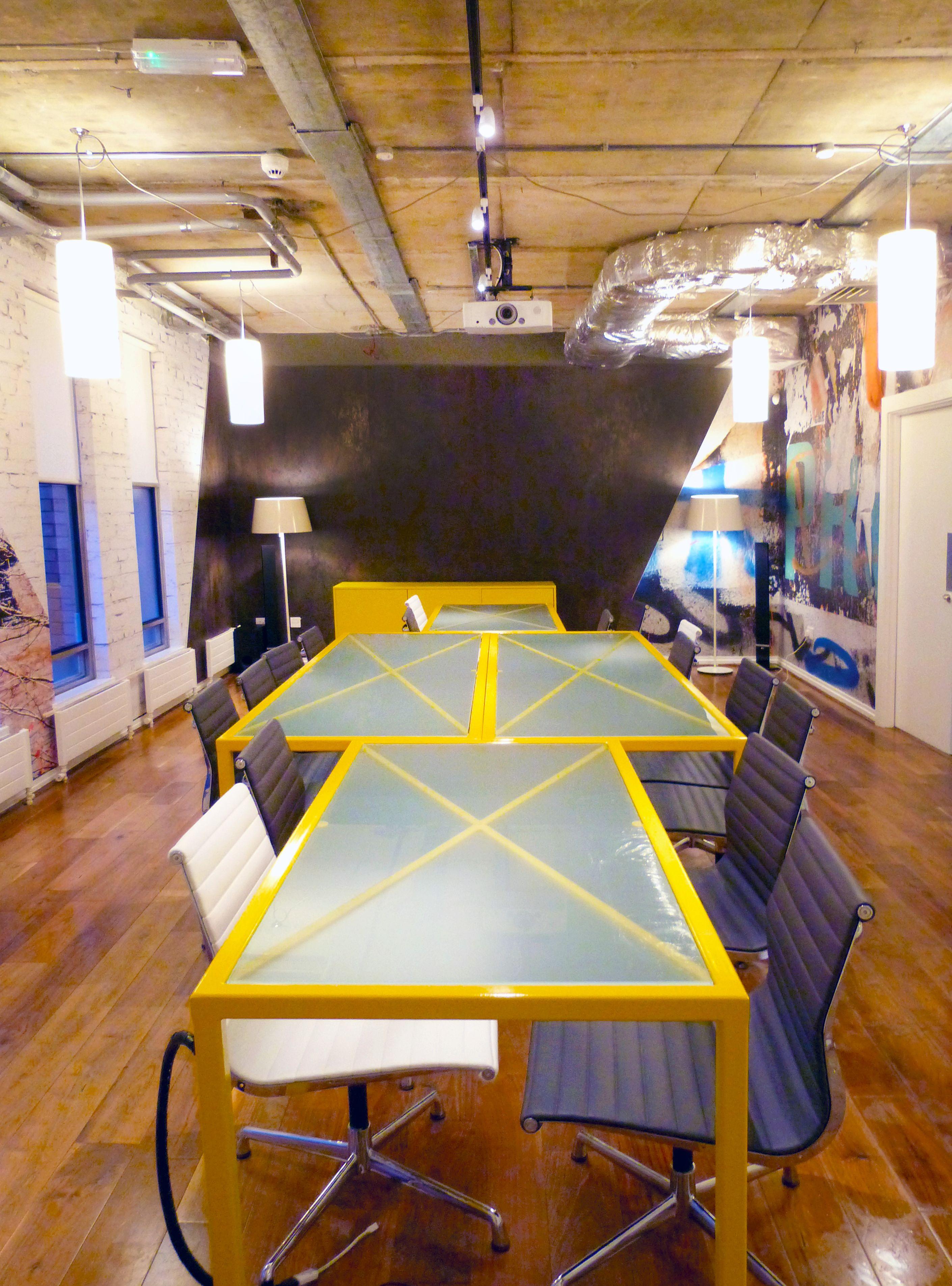 Office design cool boardroom meeting room bespoke for Interior design agency dublin
