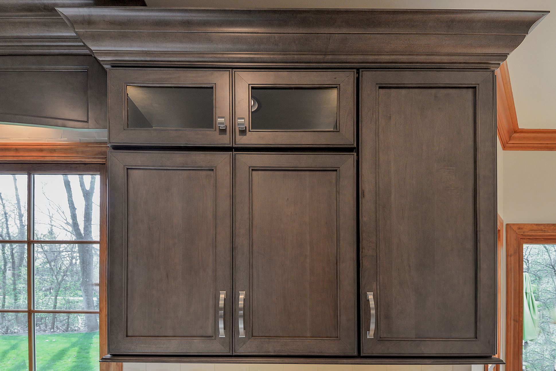Wellborn Cabinet Inc Premier Series Sonoma Door Style On Maple Wood Stained With Drift Sebringservi Kitchen Cabinets Kitchen Cabinet Colors Kitchen Colors