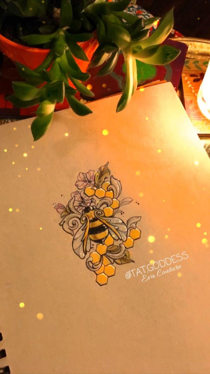 IG @tat.goddess #tattooartist #tattoos #femaleartist #femaletattooartist #detroittattooartist #detroitartist #italianartist #italiantattooartist #italiangirls #freckles #girlswithfreckles #bee #beedesign #beedrawing #savethebees #savethebees🐝