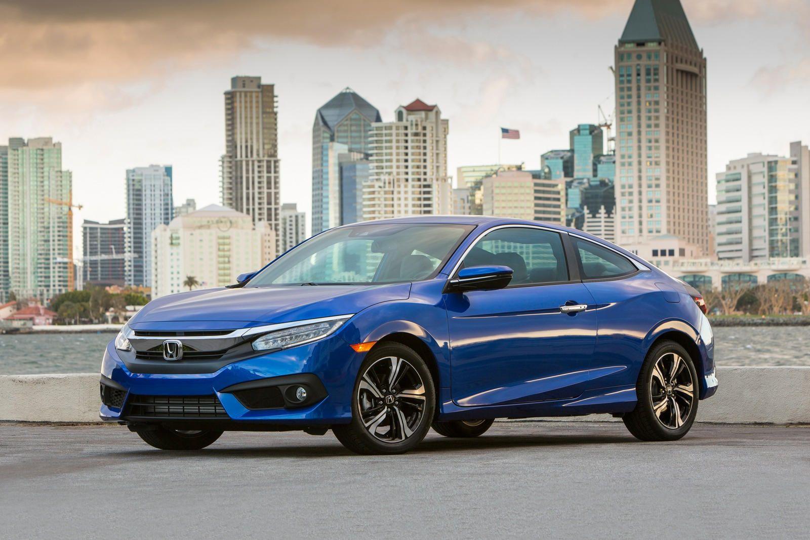 """The stylish 2018 Honda Civic Coupe never fails to impress"