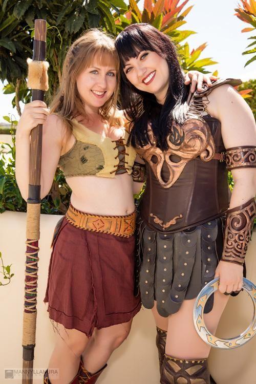 Bernadette bentley and cathy kutz cosplay as xena and gabrielle bernadette bentley and cathy kutz cosplay as xena and gabrielle solutioingenieria Image collections