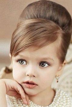 Pin by Diana E Ivan Aguilar on princesa | Toddler hair, Flower girl ...