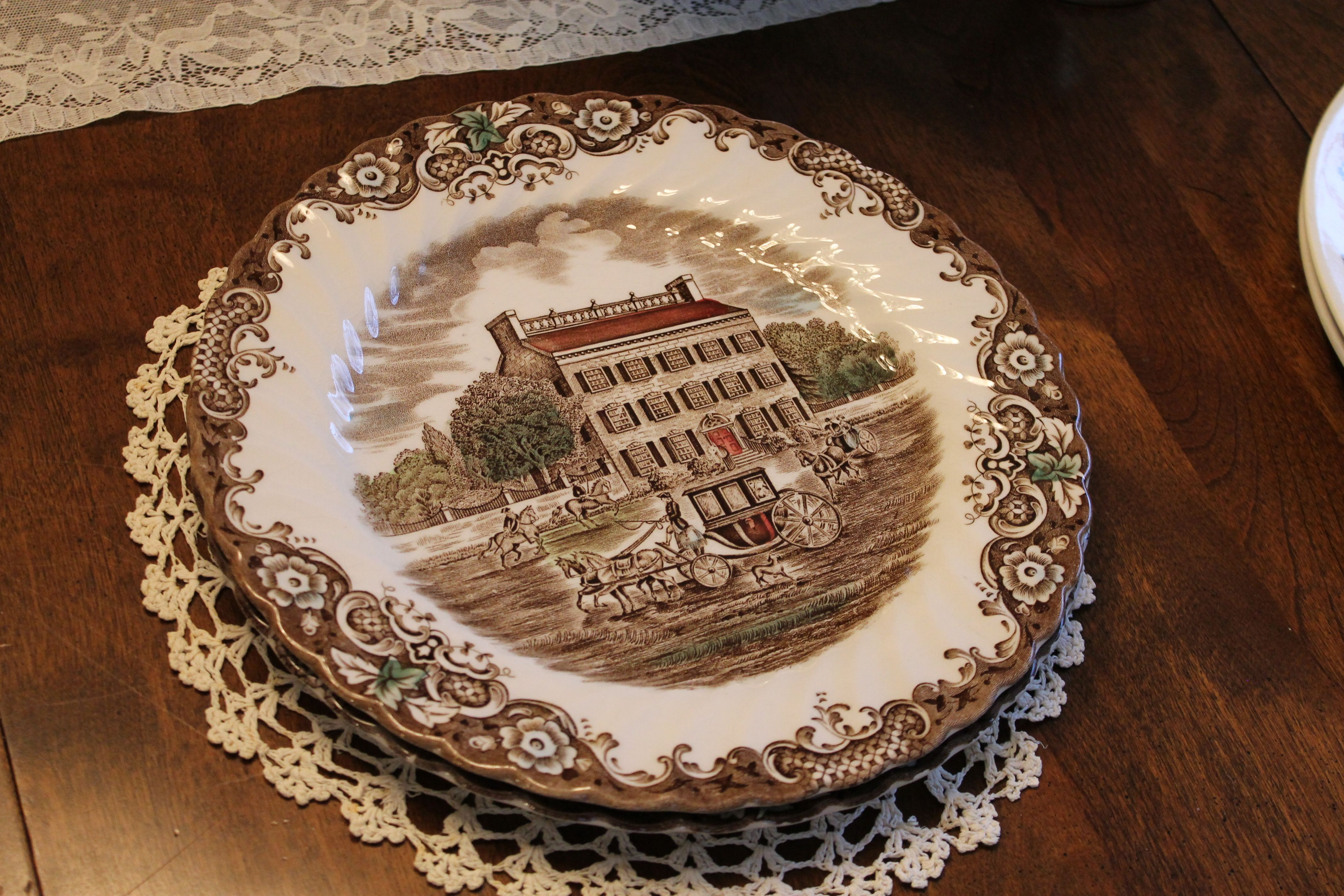 Heritage Hall by Johnson Bros. 9 3/4 inch dinner plate (3 available & Heritage Hall by Johnson Bros. 9 3/4 inch dinner plate (3 ...