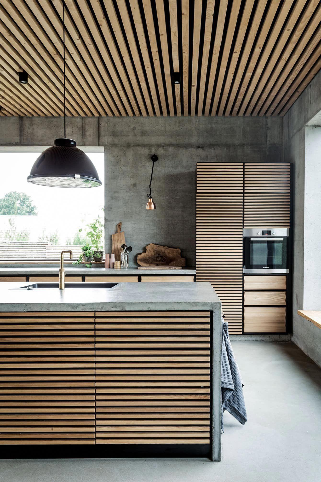 Kokkeno Beton Trae Skaerebraet Vandhane Kitcheninteriordesign