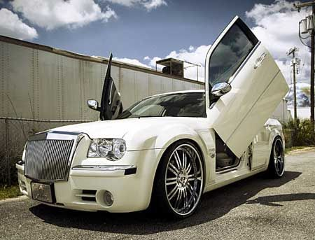 Chrysler 300 This Is Almost Identical To My Old Car Doors And