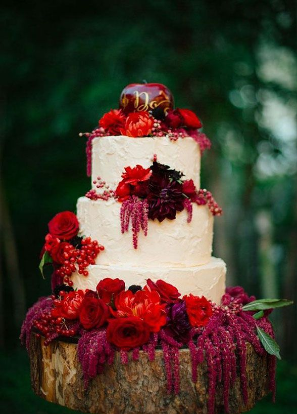 The fall season provides seemingly endless inspiration for your Big Day. We're sharing the best confections that beautifully capture the season.