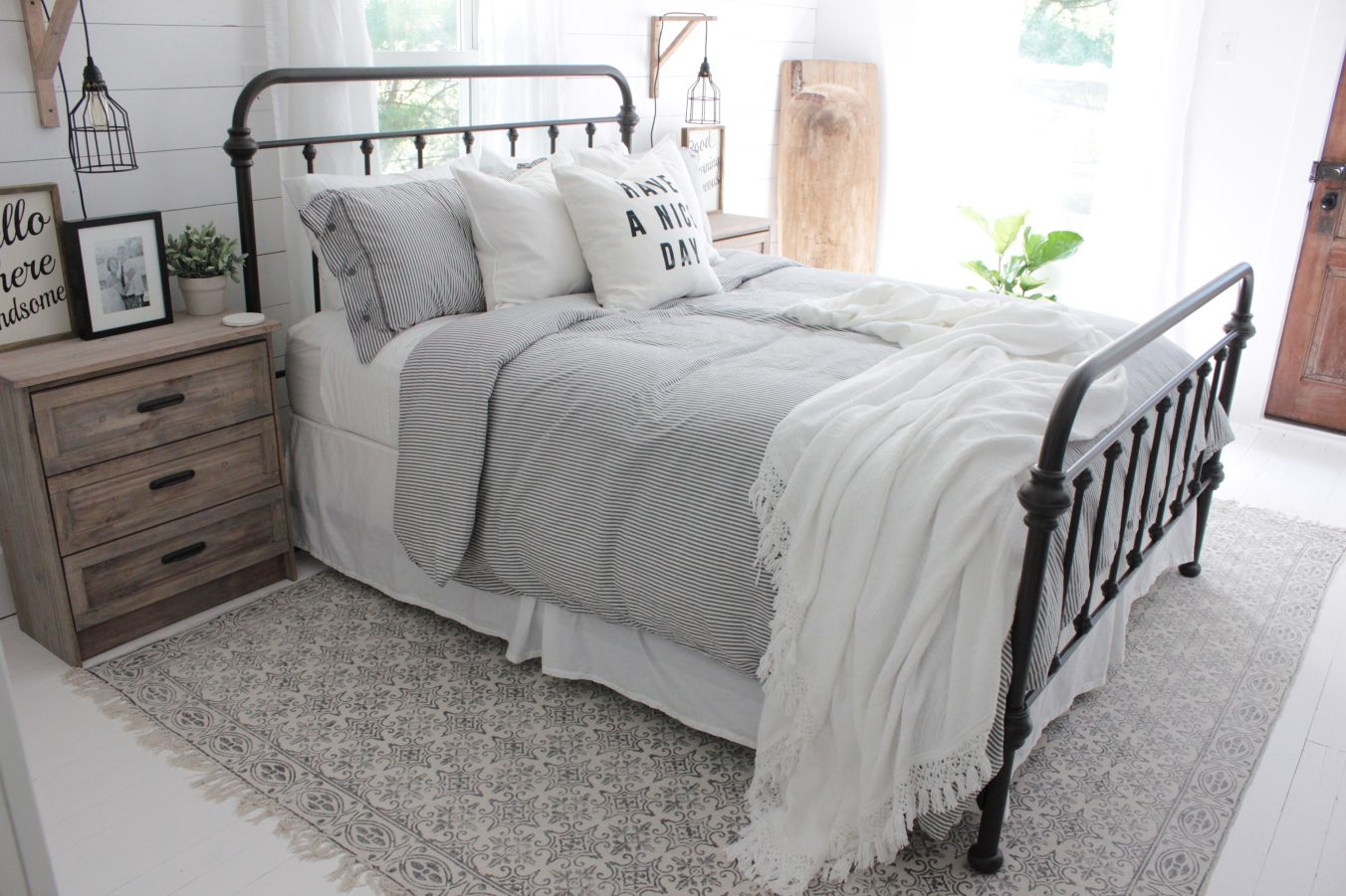 Master Bedroom Inspiration With Rugs Usa S Chembra Ch03